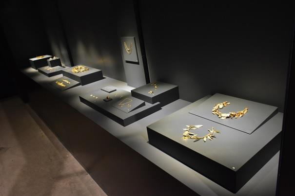 Troya Müzesi Eserleri 15.jpg