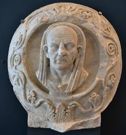 Troya Müzesi Eserleri 12.jpg